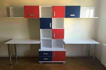 Bakı şəhərində Yeni dolab ve yazı masası birleşik. Beyaz qırmızı ve mavı