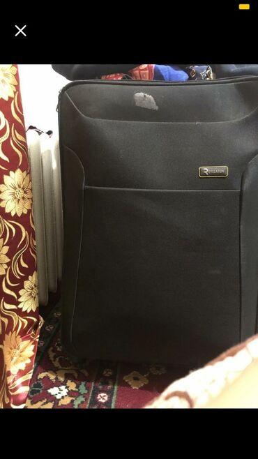 продам патефон в Кыргызстан: Продам чемодан черного цвета хорошее состояние