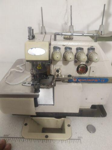 Швейная машинки 5-нитка   безшумный)) (((шум нет!!!   Шьёт очень мягко