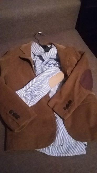 Bakı şəhərində Пиджак и рубашка для мальчика 5-6лет.
