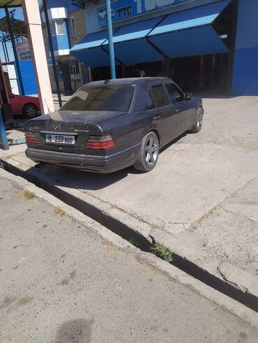 Mercedes-Benz E-Class 3.2 л. 1994 | 256693 км