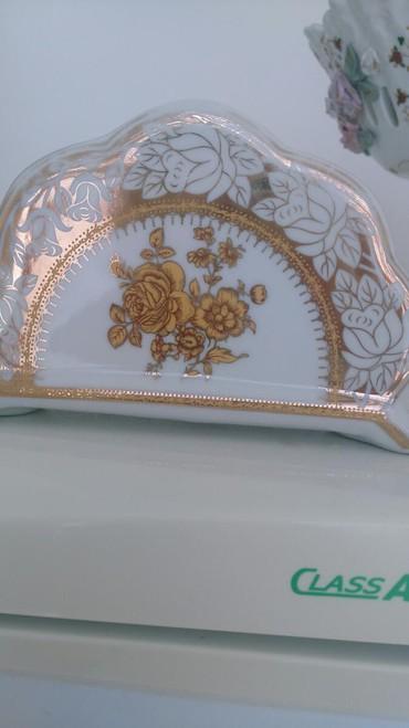 salfetka qabı - Azərbaycan: Salfetka qabi