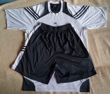 Продаю спортивный костюм - футболка и в Бишкек