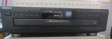Sony Cd player 5 cd changer CDP-CE405