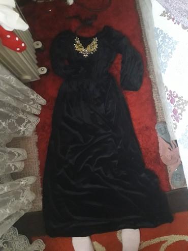 платье из королевского бархата в Кыргызстан: Платье в пол на прокат! сидит шикарно! аренда. королевский бархат. 1-3