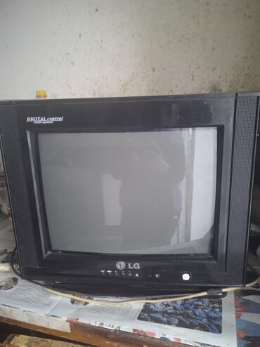 lg v10 в Кыргызстан: Срочно продаю телевизор в хорошем состоянии