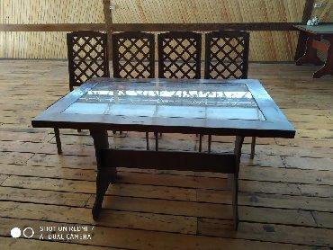 стол с двумя стульями в Кыргызстан: Продаю комплекты столов и 4 стульев. Для кафе и баров. 15 комплектов