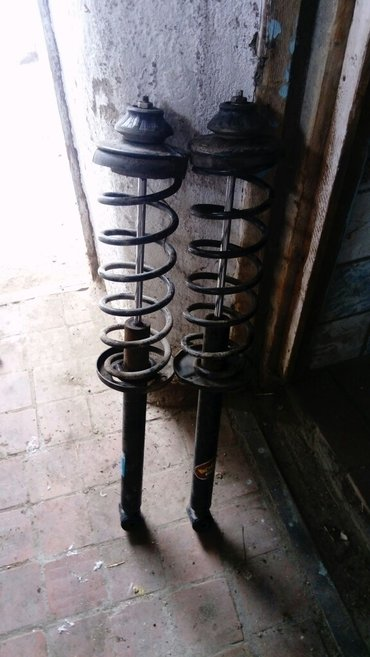 задние пружины от гольф 3 идеально подходит усилить минивэны и на спри in Khandbari