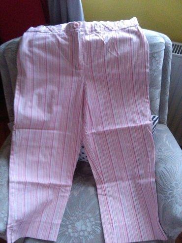 Pantalone tricetvrt za krupnije dame,extra stoje,materijal extra. Kao - Sombor