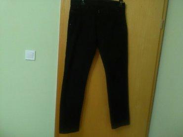 Crne muške pantalone veličina 34 od kepera srednje debljine, - Pozarevac