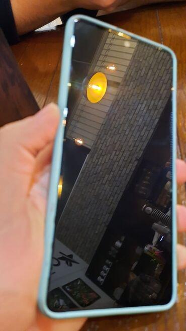Samsung - Bakı: Telefon ela veziyyettedir hec bir problemi yoxdur tecili satilir her