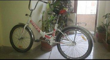 велосипеды от 1 года в Азербайджан: Велосипед (Стелс)белый раскладной.Использовали очень мало,как новый