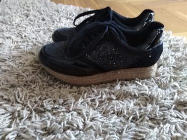 Zenske patike - cipele, broj 39,bez ostecenja, crne, kratko nosen, - Novi Sad