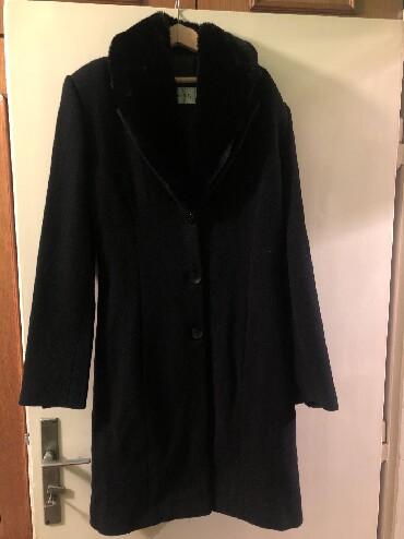 Kaput-fervente - Srbija: Zenski kaput Fervente,klasican broj 38,krzno se skida