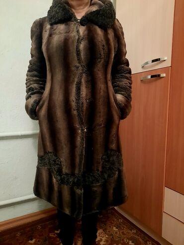 Продается женская зимняя натуральная шуба в идеальном состоянии