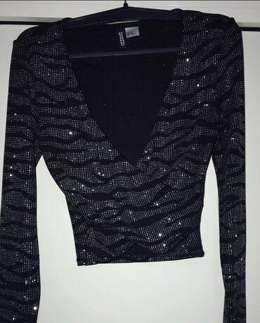 Kupujem - Srbija: Novo kupljeno u H&M  Veličina xs cena 500 DIN