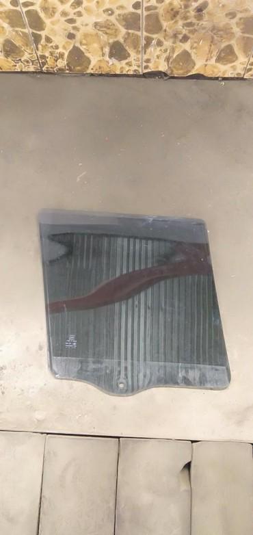 белый jeep в Кыргызстан: Продаю стекла с заводской тонировкой 20-25% на Jeep Cherokee xj