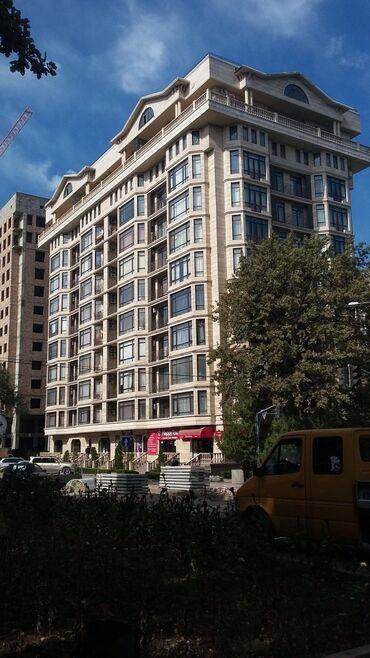 Долгосрочная аренда квартир - 1 комната - Бишкек: 3 комнаты, 130 кв. м Без мебели