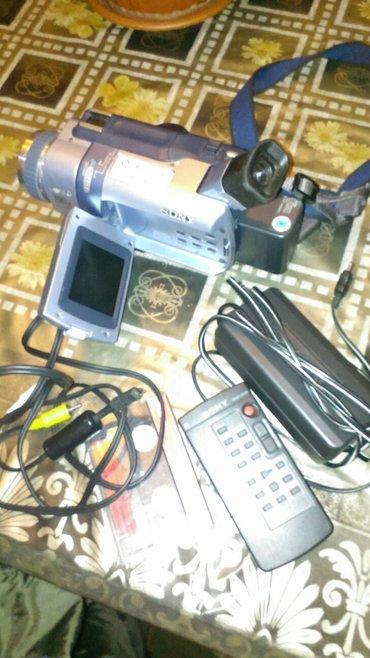 Продаю видеокамера сони япония в Бишкек
