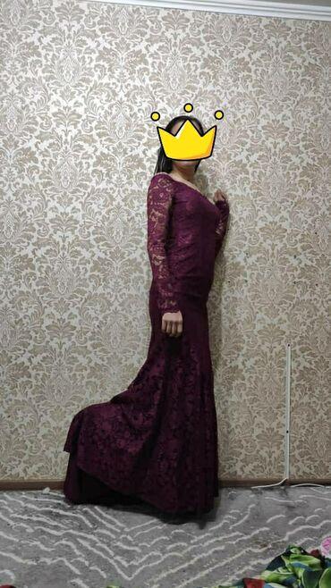 вечерние платья со шлейфом в Кыргызстан: Продаю НОВОЕ шикарное платье с небольшим шлейфом, вживую очень