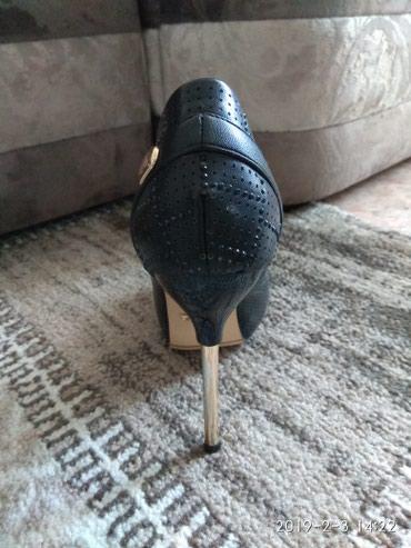 Продаю туфли, абсолютно новые. Размер 38-38,5. в Бишкек