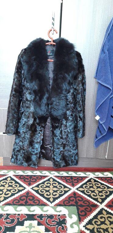 Шубы - Кыргызстан: Продаю б/у норковую шубу, цвет: темно коричневый, размер L