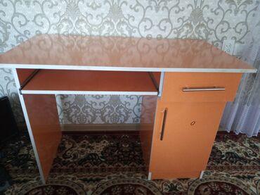Мебель - Кызыл-Кия: Столы