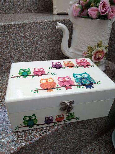 Nova, drvena kutija za čaj ili nakit pregrada može da se izvadi