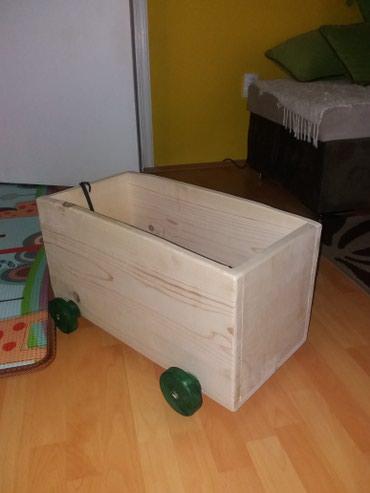 Vagon-kutuja za odlaganje decjih igracaka. Ako se uzima preko 3 - Smederevo