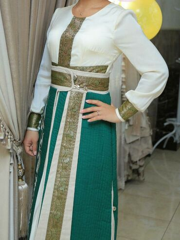 платья из панбархата на шифоне в Кыргызстан: Продаю национальное платье! Состояние отличное! Почти как новый