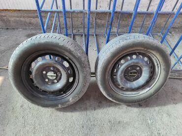 железные диски r15 в Кыргызстан: Продаю 4 железных диска с летней резиной бриджистоун размер 195*60 R15