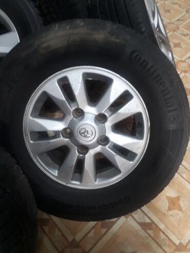 купить диски vossen r17 в Кыргызстан: Продаю диски R17 на тойоту LC200Оригинал резина Continental 80%Все