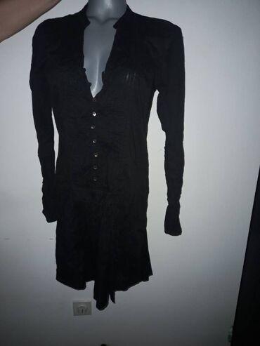 Vero Moda crna haljinaVero ModaM velicinazift crna, ispada svetlije