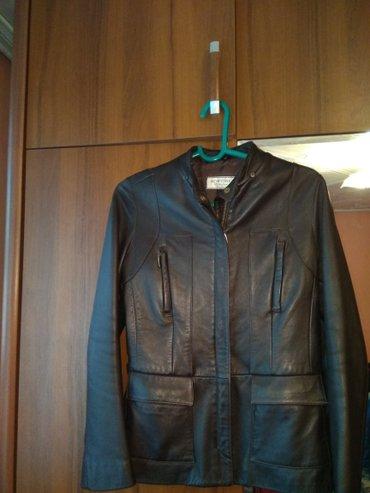 Куртки - Кок-Ой: Б/у женская кожаная куртка в отличном состоянии, Турция, размер М