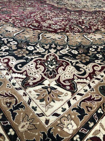 Продаём ковёр - размер 4х5 метров (миллионник). Пользовались сами неск
