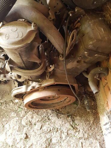 Auto delovi i oprema | Smederevska Palanka: Mercedes 190d delovi motor,menjac,alnaser,alternator,brisac