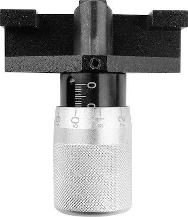 Alat za merenje zategnutosti zupčastog kaiša  Instrument ima dve skale