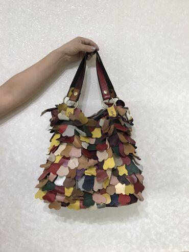Кожаная сумка  Очень вместительная