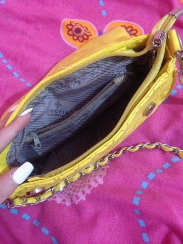 Zuta lepa nova torbica moderna,hit ove sezone je zuta boja !! Saljem - Indija