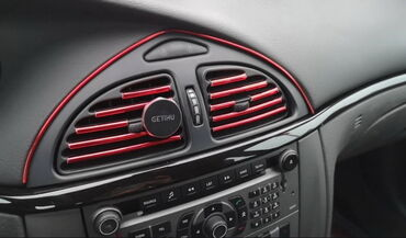 Zrenjanin - Srbija: Dekor trake za auto-ventilacijuUkrasne – dekor trake za ventilaciju