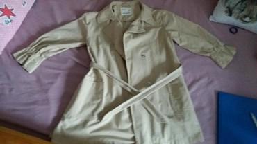 Dečije jakne i kaputi | Sombor: Zara mantil 122 cena 1300din