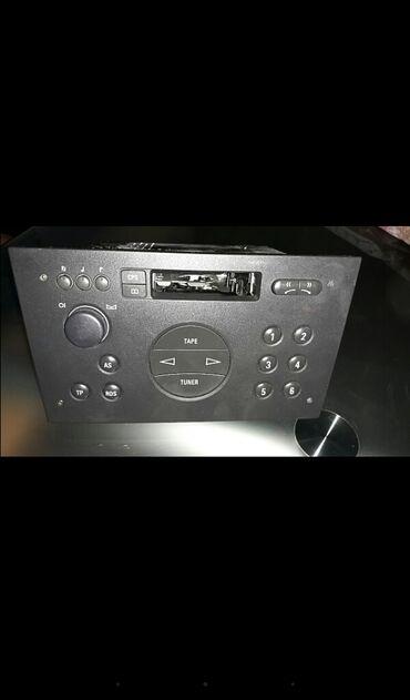 Audio oprema za auto   Srbija: Radio za corsu C ispravan Odkodiran