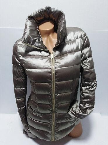 Benetton original perjana zimska jakna,prelep strukirtani