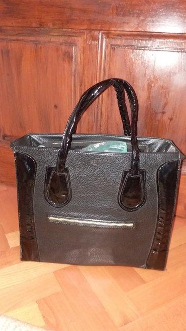 Crna tasna - torba u odlicnom stanju, nosena tri-cetri puta VASA POSTA - Kraljevo
