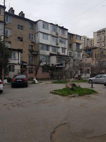 mənzillər - Azərbaycan: Mənzil satılır: 3 otaqlı, 65 kv. m