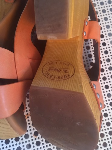 Braon kozne sandale broj pitajte - Srbija: Nove kozne sandale kupljene u Americi broj 37