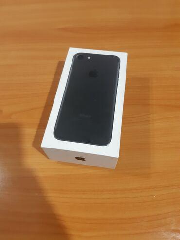 Apple Iphone - Kragujevac: Polovni iPhone 7 128 GB Crn