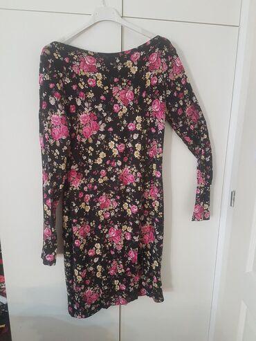 Cvetna tegljiva prolećna haljina