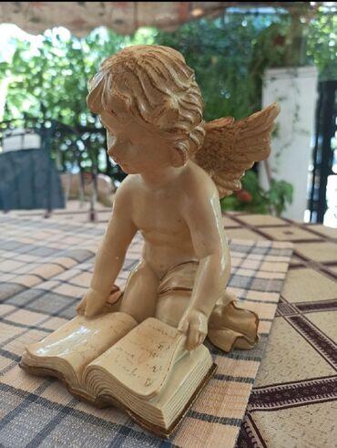 Πωλείται διακοσμητικό αγαλματάκι αγγέλου σε άριστη κατάσταση αχρησιμοπ