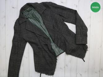 Женский пиджак Sisley, р. М    Длина: 50/64 см Рукав: 59 см Пог: 42 см